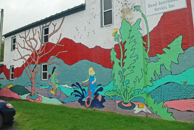 Shenandoah Valley Street Art: Harrisonburg | Yeti Crafts