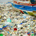 No importa cuántas veces limpiemos las costas, el plástico siempre vuelve