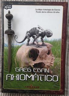 Portada del libro Axiomático, de Greg Egan