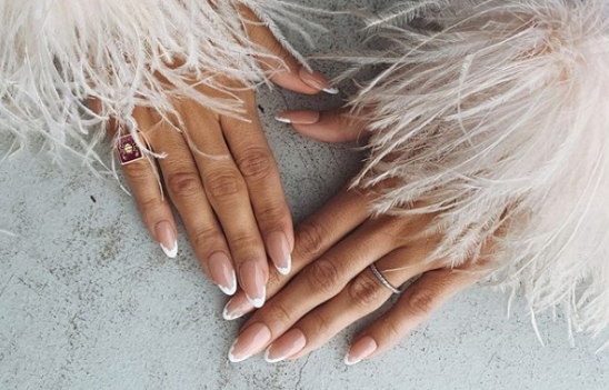 unghie 2020 French Manicure