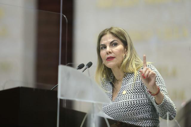 Propone Alcalá Padilla regular plataformas digitales de transporte y entregas a domicilio