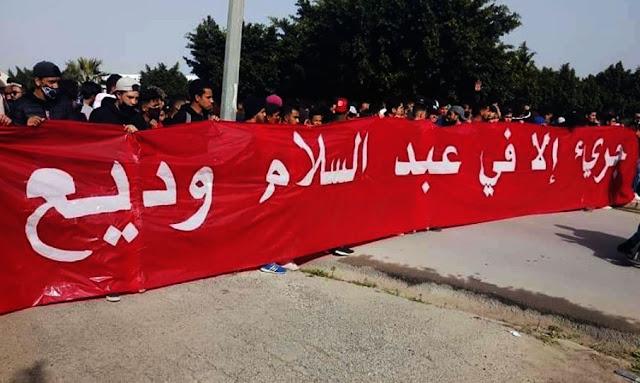 """تونس : جماهير النادي الإفريقي يرفعون شعار """"جريء إلاّ في عبد السلام وديع"""" ... وديع الجريء يردّ"""