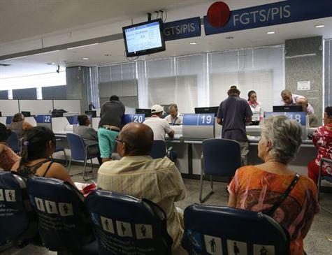 PIS/Pasep está disponível para 2 milhões até dia 28 deste mês