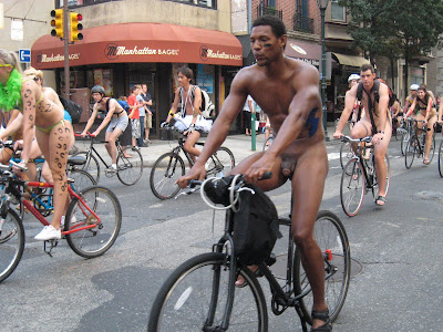 philly naked bike ride girls