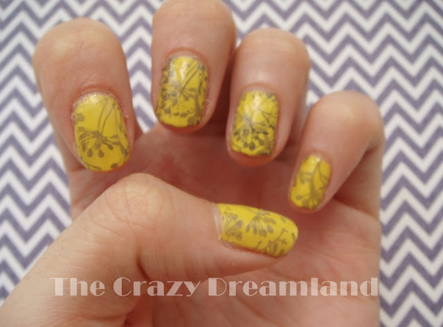 reto cosas de chicas amarillo
