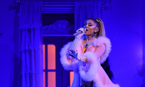 """Ariana Grande ocupa la Casa Blanca en su nuevo tema """"Positions"""""""