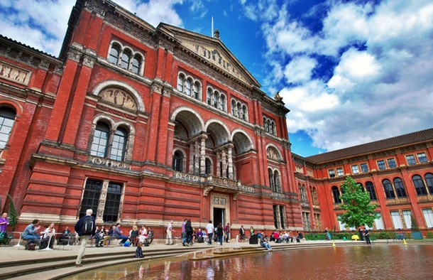 Victoria and Albert Museum (V&A), London