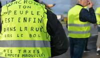 Alors que le 106e Tour de France a débuté à Bruxelles, certains Gilets jaunes ont profité de l'occasion pour défendre leur cause en affichant sur le chemin des cyclistes une grande banderole porteuse d'un message.