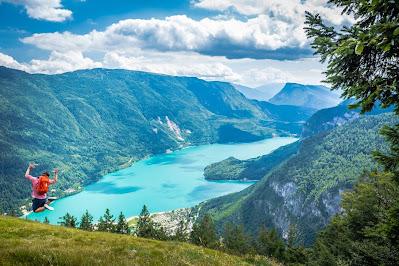 Lago di Molveno (Trento) - Gite e vacanze in Italia.