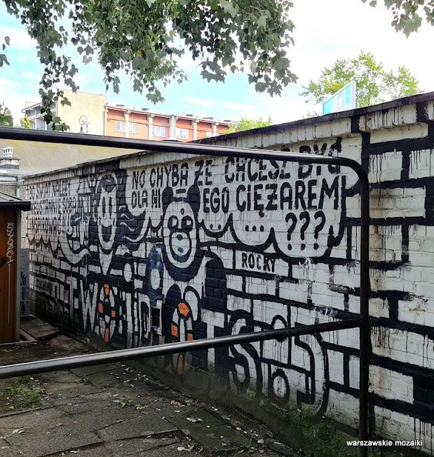 Żoligaraż miasto krzepi mural Warszawa Warsaw streetart Żoliborz Sady Żoliborskie murale warszawskie streetart garaż trzepak