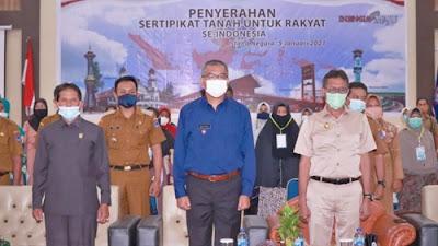 Presiden Serahkan 584.407 Sertifikat se Indonesia, Ini Kata Wali Kota Payakumbuh