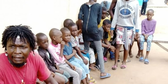 SARS operatives nab four suspected child traffickers in Abia