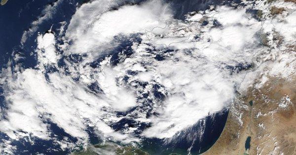 """معلومات عن إعصار """"ميديكين"""" الذي ضرب شرق المتوسط"""