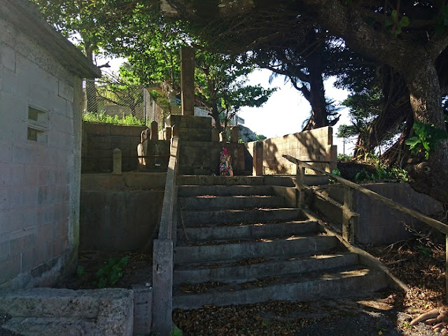 慰霊塔(池味集落)の写真