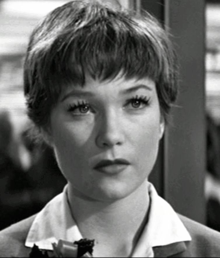 Shirley MacLaine age