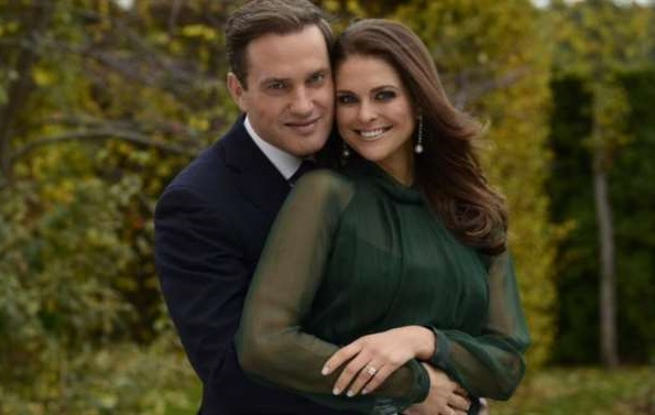 Princess Madeleine put a new photo to her Facebook with announcement of wedding date