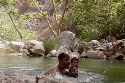Tiga Pria Dewasa Secara Tidak Sengaja Merekam Diri Mereka Tenggelam
