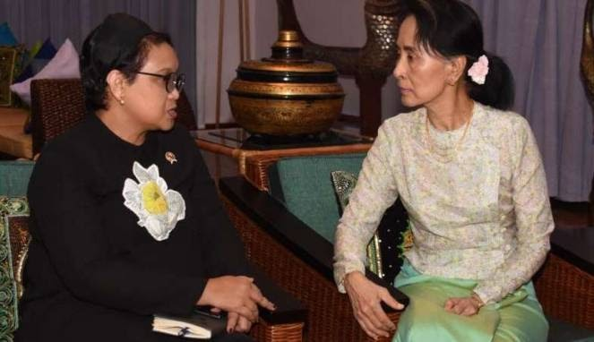 Sampai di Myanmar, Menlu Retno Langsung Temui Aung San Suu Kyi