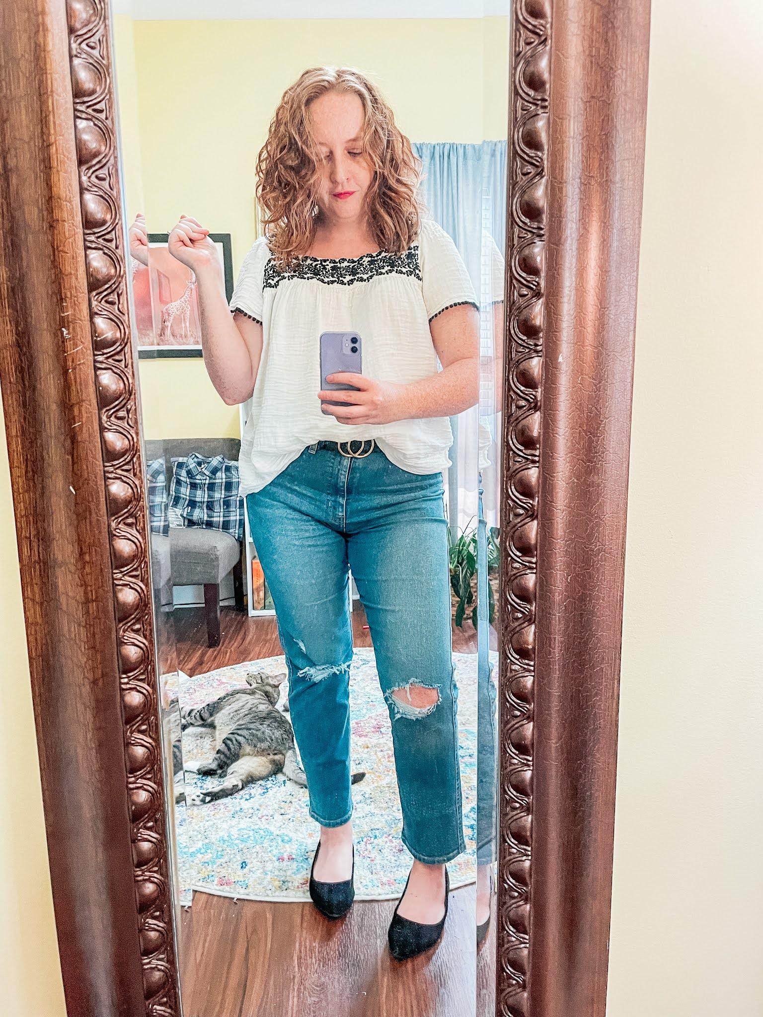 levis-straight-leg-jeans