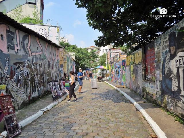 Vista da parte alta do famoso Beco do Batman - Vila das Bandeiras - São Paulo