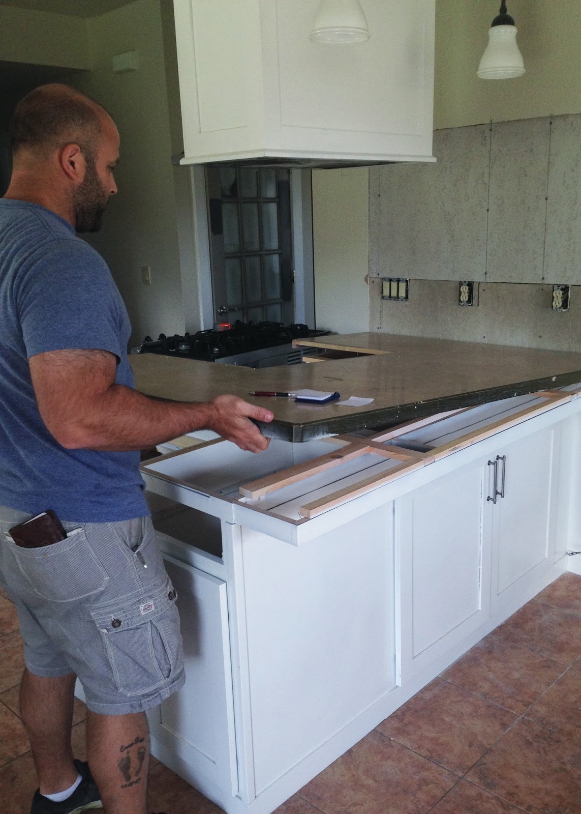 Diy Extend Kitchen Cabinets Diy Reclaimed Wood Countertop Averie Lane Diy Reclaimed