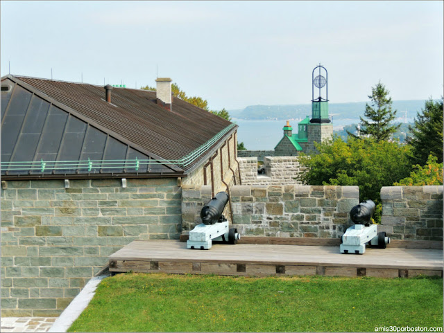 Former Observatory and Ball Tower en la Ciudadela de Quebec
