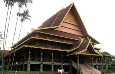 Rumah Adat Riau Beserta Gambarnya