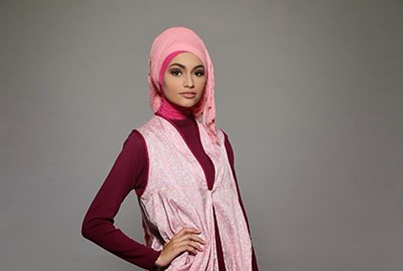 Model Jilbab Pesta Luxury