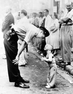 Resultat d'imatges de William C. Beall Premi Pullitzer 1958