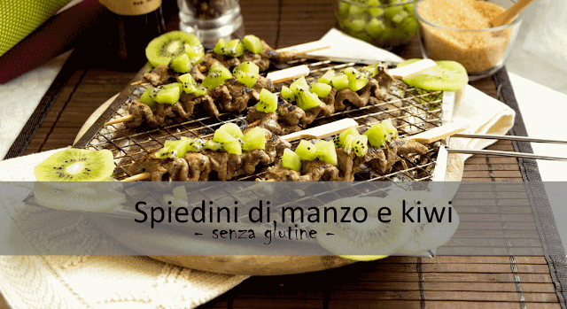 Spiedini di manzo e kiwi