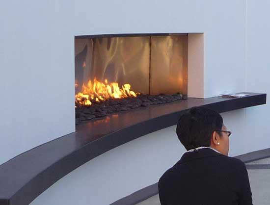 de jong dream house on fire with choices
