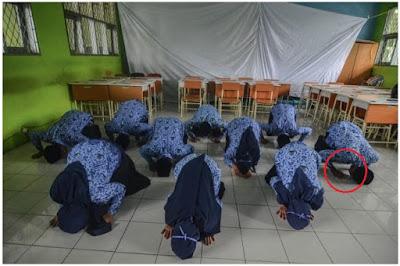 ALHAMDULILLAH Sujud Syukur, Mendikbud RESMI Berikan 3 Kebijakan Afirmasi Untuk Guru Honorer Dalam Tes PPPK 2021, Segera Cek DISINI