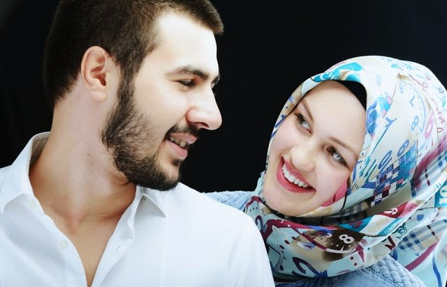 Sering Dianggap Sebagai Tugas Istri, Padahal Ini Kewajiban Seorang Suami