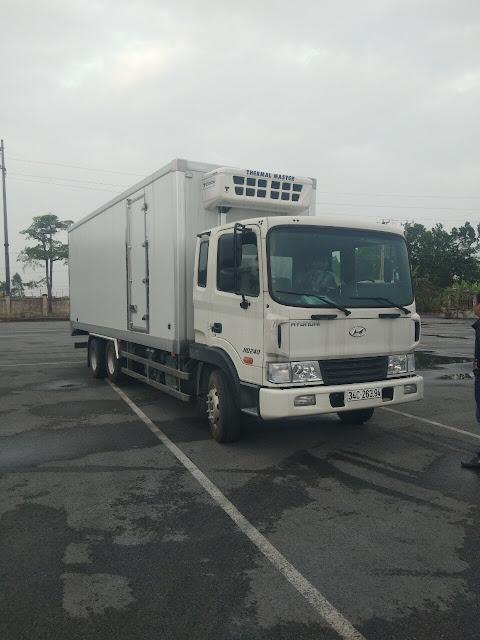 Xe tải HD240 đông lạnh