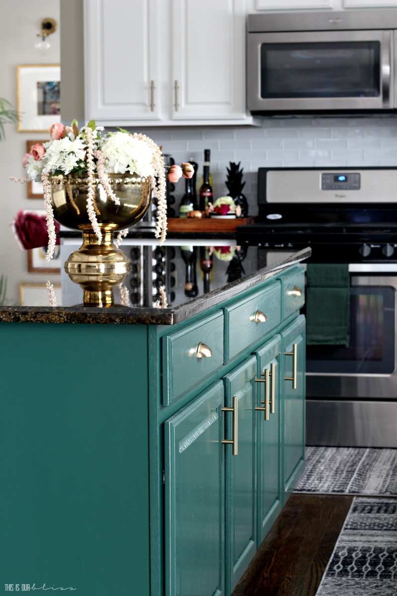 Emerald green color on kitchen island cabinets