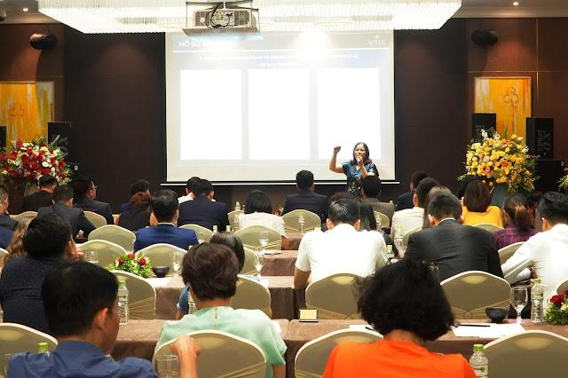 Bà Nguyễn Thị Minh Phượng - phó tổng giám đốc PPC An Thịnh, chia sẻ về dự án