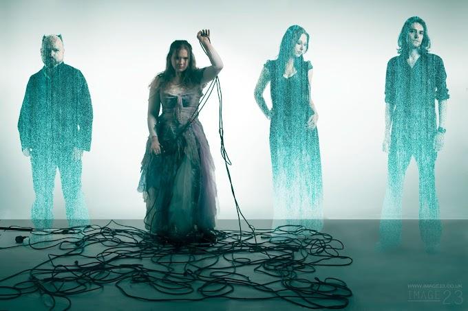 Conheça a banda gótica Dyonisis