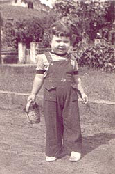 Sílvia Renata Cohen em seus primeiros anos.
