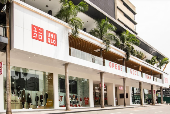 UNIQLO Manila Global Flagship Store facade.