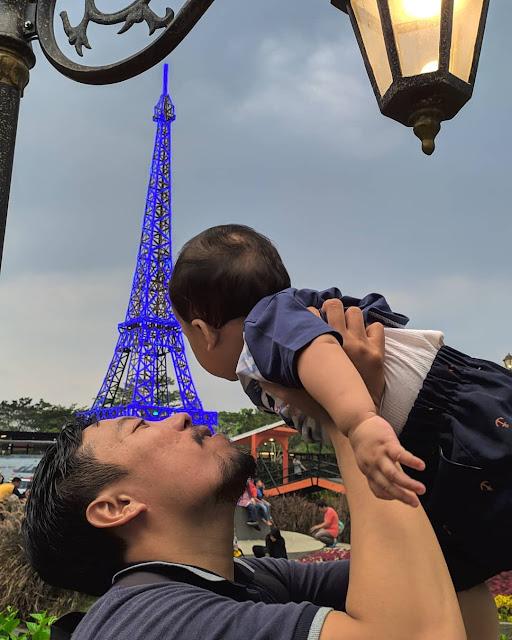 Menara Eiffel di DEVOYAGE BOGOR