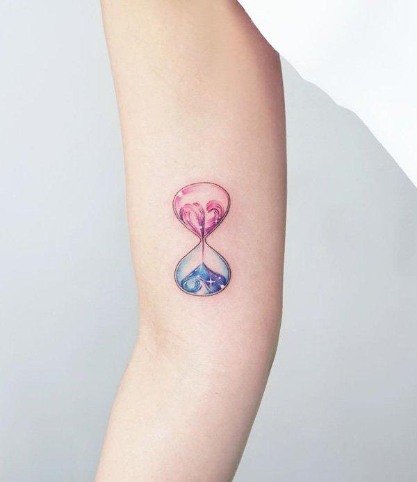 Tatuagem ampulheta