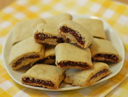 http://www.ohnuts.com/blog/homemade-fig-newtons-recipe/