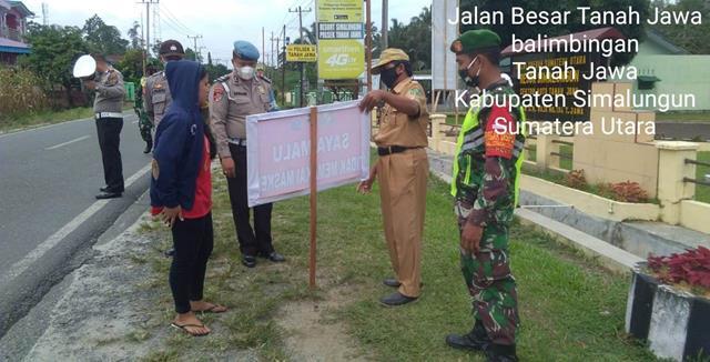Dilakukan Personel Jajaran Kodim 0207/Simalungun Razia Masker Tegakkan Protokol Kesehatan