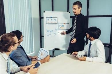 5 أشياء يجب أن تنجح في مجال التسويق التابع له