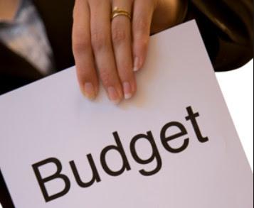 Pengertian, Karasteristik, Tujuan Pokok, manfaat,  dan keterbatasan anggaran dan penganggaran
