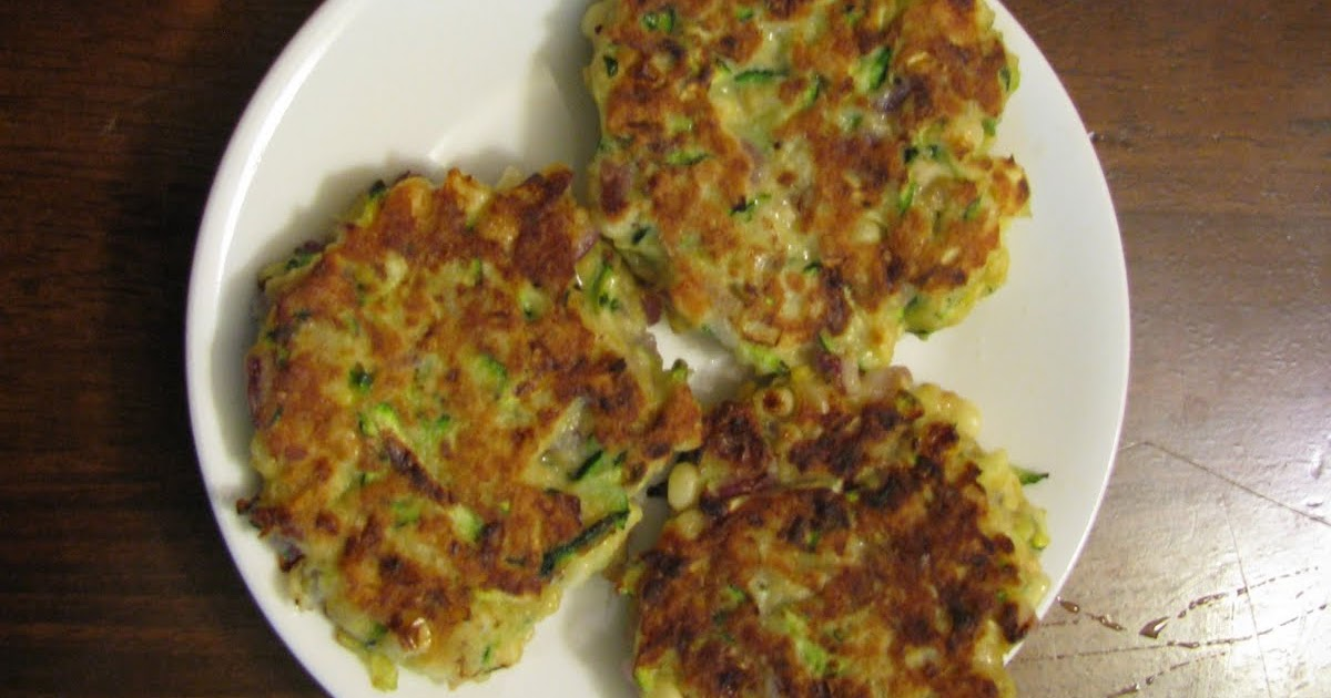 Salmon patties with crackers and corn meal