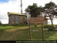 Pico Aguión, Salas