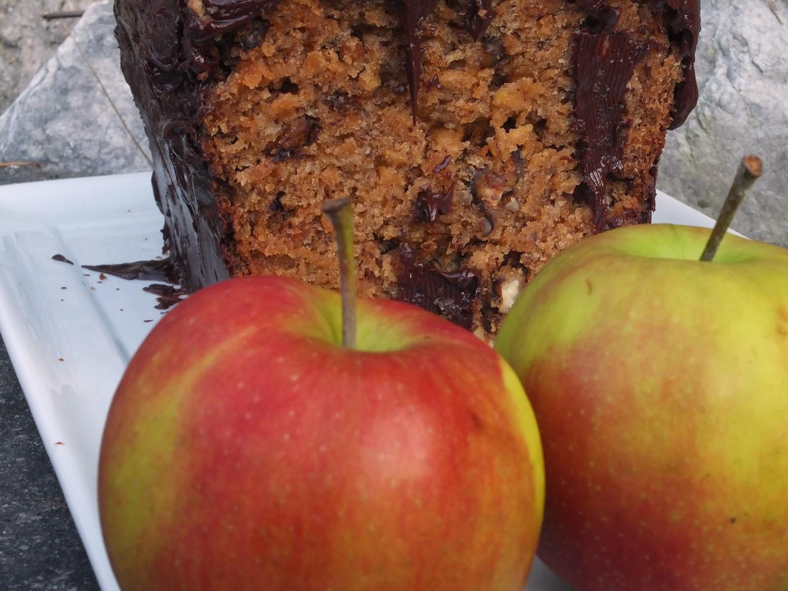 Mimi S Gutzelen Saftiger Apfel Nuss Kuchen Als Herbstschlemmerei