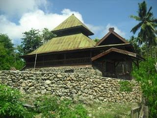 Sejarah Kerajaan Islam di Sulawesi : Kehidupan Politik, Ekonomi dan Sosial