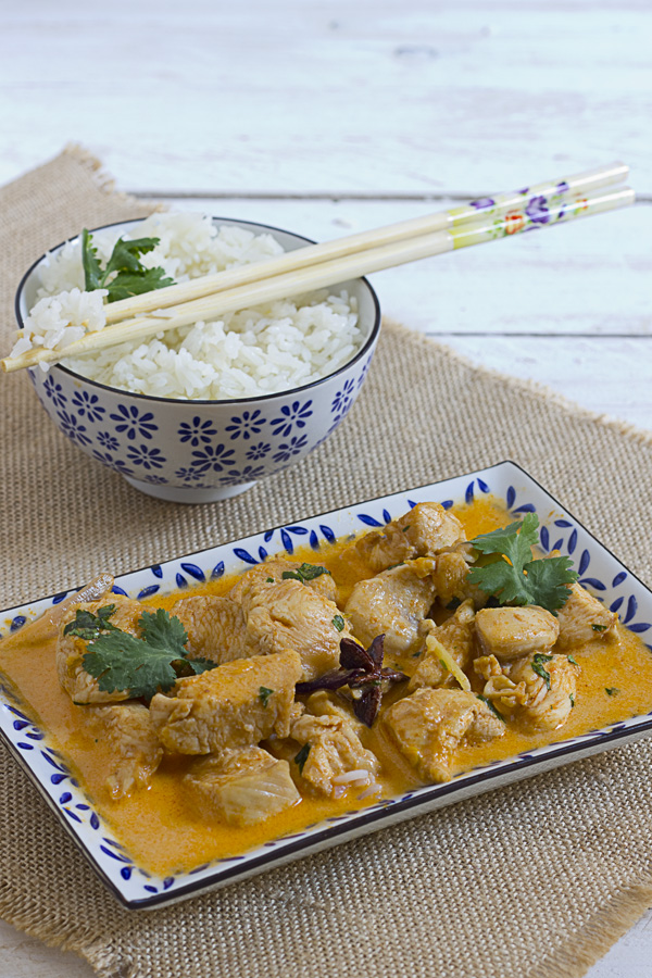 Curry rojo tahilandes con pollo
